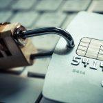 米国で普及するデビットカードの安心機能